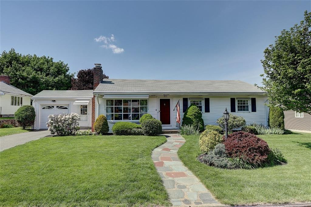 17 Garden Dr Lincoln Ri 02865 Lonsdale Mott Chace
